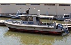 För Shorelinepatrull för den militära polisen litet fartyg Royaltyfri Fotografi