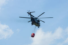 för Sikorsky CH-53 för Skurkroll-elevator lasthelikopter hingst hav Royaltyfria Bilder