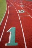 För spårgränd för stadion rinnande teckning för nummer för fält för sportar för markörer Royaltyfria Foton
