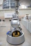 ` för ` Sputnik-5 för modellkapselskepp med hundkapplöpningen Belka och Strelka Royaltyfri Fotografi