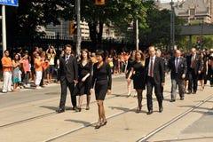 för stålarlayton för familj begravnings- procession s Arkivbilder
