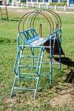 För stålglidare för tillbaka sida leksak för parkering för lekplats Royaltyfria Bilder
