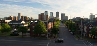 För stadshorisont för solnedgång i stadens centrum Birmingham Alabama Carraway Blvd Arkivfoton