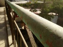 för staketport för stor tegelsten dekorativt galler för järn Royaltyfri Foto