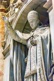 För statySt Peter för påve påvlig Vaticanen Rome Italien för basilika ` s Arkivfoto