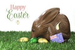 För stilchoklad för lycklig påsk australisk för easter kanin Bilby ägg med prövkopiatext Royaltyfria Bilder