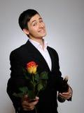 för stilig rose barn manromantiker för blomma Fotografering för Bildbyråer