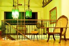 För storgubbesemesterort för privat uppehåll vardagsrum i den Negros österlänningen, Filippinerna arkivbild