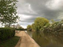 För stormen, sikt av vattenkanalen Royaltyfri Foto