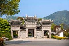 För Suzhou för scenisk fläck för Suzhou Lingshan jätte- Buddha arkitektur trädgård Royaltyfria Foton