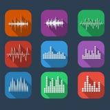 För symbolsuppsättning för solid våg stil för lägenhet för färg Uppsättning för musiksoundwavesymboler stock illustrationer