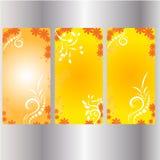 För tappninggarneringar för färg frodas guld- beståndsdelar Calligraphic prydnader, och ramar svärtar bakgrund Vektor Illustrationer