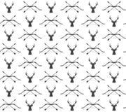 För tappningjakt för vektor sömlös modell med hjortar och pilbågen Royaltyfri Bild