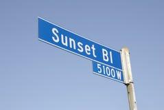 för teckengata för 2 blvd solnedgång Royaltyfri Bild