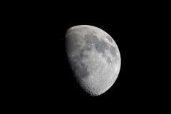 för teleskopsikt för gibbous moon verkligt vax arkivfoton