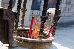 För tempelrökelse för rökelse kinesisk ugn Arkivbild