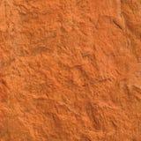 För texturmakroen för röd tegelsten closeupen, gammal detaljerad grov grunge texturerade kopieringsutrymmebakgrund, vertikalt gru Arkivfoton