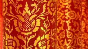 för thailand för rött tempel för southeast för phetchaburi för forntida för asia buddha buddistisk färgguld för korridor ochre fö arkivfoton