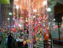 30 för Thailand november 2018 för suan luang lek lycklig attraktion på att önska trädbakgrund arkivbilder