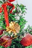 för toystree för bakgrund jul isolerad white Royaltyfri Foto
