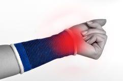 för traumawhite för bakgrund brace isolerad wrist arkivbild