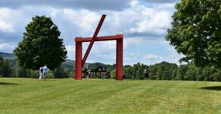 För tre utvecklingar för flykt modern konst upstate Arkivbild