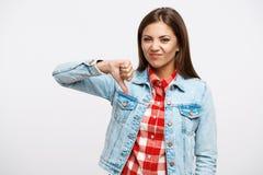 För tum symbol ner Nätta negativa sinnesrörelser för kvinnashow` som s ser raka Fotografering för Bildbyråer