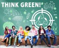För vänlig hållbart begrepp energimiljö för ekologi Royaltyfria Bilder