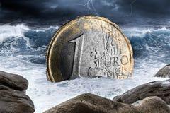 För valutakris för euro europeiskt begrepp royaltyfri fotografi