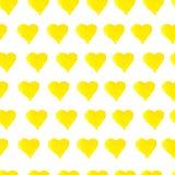För vattenfärghjärtor för hand utdragen sömlös gul modell royaltyfri illustrationer