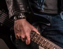 för ventilatorgibson för konstnär tro gitarr som jag inte vaggar Arkivbilder