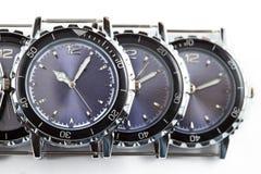 för watcheswhite för bakgrund tät övre wrist royaltyfri bild