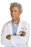 Förargat mogna doktorn Arkivfoto