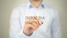 Förbättra din effektivitet, manhandstil på den genomskinliga skärmen royaltyfri fotografi
