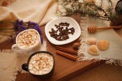 Förbered smakliga kakor bolts muttrar för sammansättningsbegreppsfamilj Royaltyfri Bild