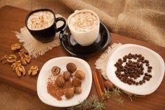 Förbered smakliga kakor bolts muttrar för sammansättningsbegreppsfamilj Royaltyfri Fotografi