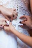 Förbereda klänningen Arkivfoton