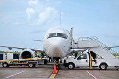 förbereda sig för flygplan Royaltyfria Foton