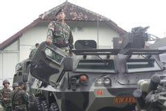 Förberedelse av den indonesiska nationella armén i staden av soloen, centrala Java Security Royaltyfri Foto