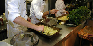 förberedelse för 2 mat Arkivfoto