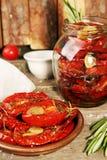 Förberedelse torkade tomater Arkivfoton