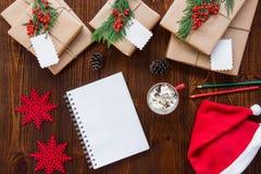 Förberedelsen för det nya året semestrar begrepp Arkivfoto