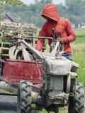 Förbereder traktorer Arkivfoton