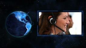 Förbindelseblått planetjordklot som är roterande på honom lager videofilmer