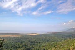 Förbise av den sjöManyara nationalparken Tanzania Royaltyfri Bild