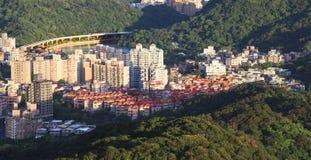 Förbise sikten av den Taipei staden Arkivfoton