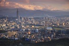 Förbise sikten av den Taipei staden Fotografering för Bildbyråer