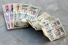 Förbjuda på Rs 500, Rs som 1000 anmärkningar är det kirurgiska slaget på skräckfinansiering, svarta pengar Royaltyfri Foto