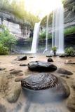 Förbluffa av Huai Luang Waterfall i Ubon Ratchathani, Thailand Royaltyfri Foto