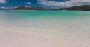 Förbluffa den Whitehaven stranden i pingstdagöarna, Queensland, Australien arkivfilmer